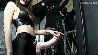 Mesmeratrix I want to be b. with your ASS dear Slave