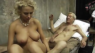 Mandy Dee - Old Army Soldier
